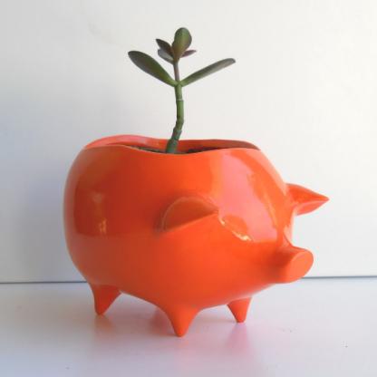 Pig planter in orange 3