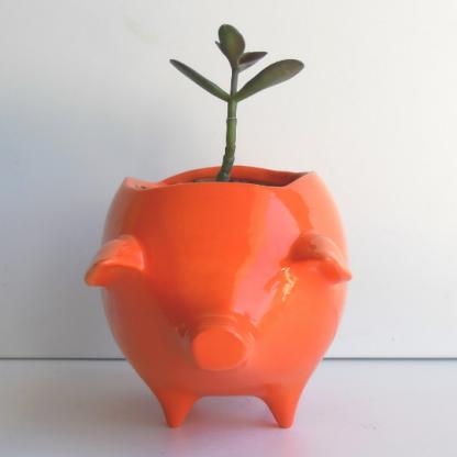 Pig planter in orange